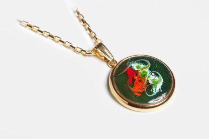 Melisandre gold plated pendant